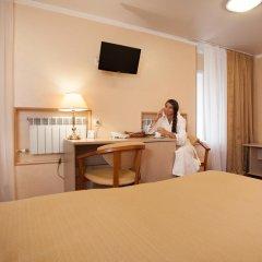 Амакс Премьер Отель Стандартный номер разные типы кроватей фото 25