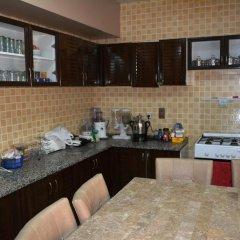 Отель Master Bedroom Al Nokhtha Street питание