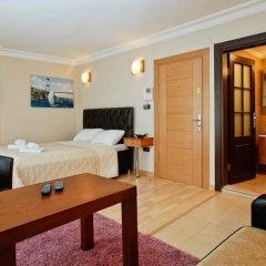 Отель Royem Suites комната для гостей
