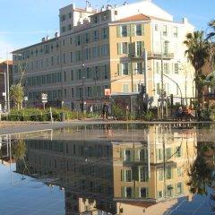 Отель Coco Palais Bellevue Франция, Ницца - отзывы, цены и фото номеров - забронировать отель Coco Palais Bellevue онлайн приотельная территория фото 2