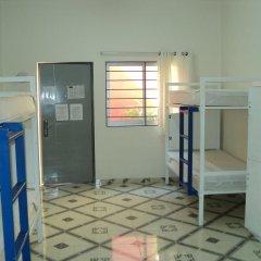 Отель Hostal Centro Historico Oasis 2* Кровать в общем номере