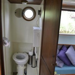 Отель Floating B&B Amsterdam Нидерланды, Амстердам - отзывы, цены и фото номеров - забронировать отель Floating B&B Amsterdam онлайн ванная фото 2