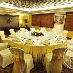 Отель Riyuegu Hotsprings Resort фото 2