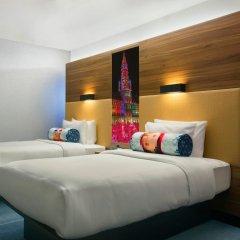 Отель Aloft Brussels Schuman 3* Номер Savvy с 2 отдельными кроватями