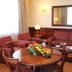 Ata Hotel Executive комната для гостей