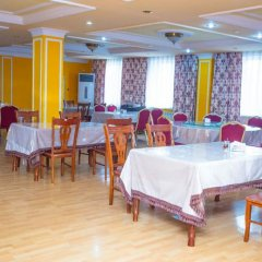 Гостиница Pekin Hotel Казахстан, Атырау - отзывы, цены и фото номеров - забронировать гостиницу Pekin Hotel онлайн питание