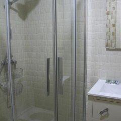 Отель Hostal Flor De Lis- Lojo ванная