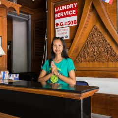 Отель Patong Beach Bed and Breakfast интерьер отеля