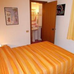 Отель Pensione Delfino Azzurro 2* Номер Делюкс