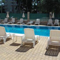 Отель Global Ville Apartcomplex Солнечный берег бассейн