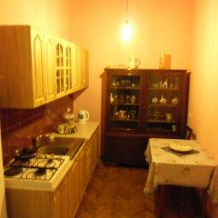 Elena Hostel Кровать в общем номере с двухъярусной кроватью фото 2
