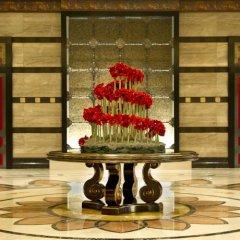 Отель Conrad Macao Cotai Central с домашними животными