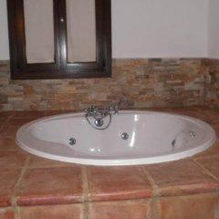 Hotel Rural los Tadeos ванная