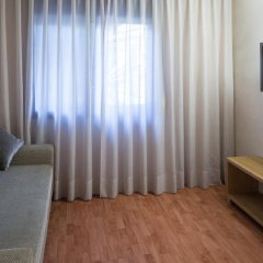 Отель Catalonia Albeniz 3* Улучшенный номер