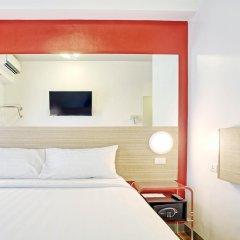 Отель Red Planet Aseana City, Manila 2* Стандартный номер с различными типами кроватей фото 2