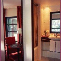 Отель Hôtel Concorde Montparnasse 4* Номер Делюкс с различными типами кроватей фото 6