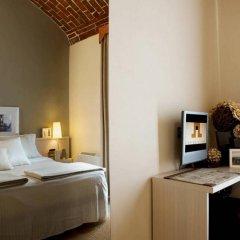 Отель Albergo D'italia 3* Стандартный номер с двуспальной кроватью фото 12