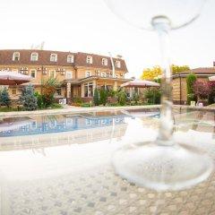 Sharq Hotel бассейн фото 2
