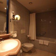 Гостиница Шератон Палас Москва 5* Стандартный номер с различными типами кроватей фото 15