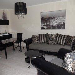 Апартаменты Apartment Zapad-Wostok комната для гостей фото 5