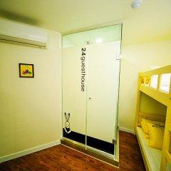 Отель 24 Guesthouse Seoul City Hall 2* Стандартный номер с двухъярусной кроватью фото 8