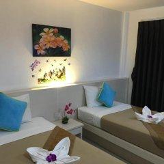 Phuthara Hostel Номер Делюкс с 2 отдельными кроватями фото 9
