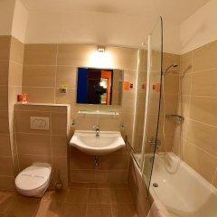 Hotel Liberec Либерец ванная