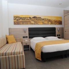 Hotel Adlon сейф в номере