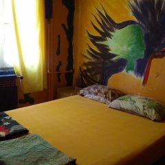 Neverland Hostel Кровать в общем номере фото 3