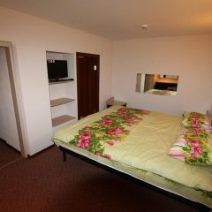 Гостиница FreeDOM Mini Hotel в Санкт-Петербурге 14 отзывов об отеле, цены и фото номеров - забронировать гостиницу FreeDOM Mini Hotel онлайн Санкт-Петербург комната для гостей фото 4