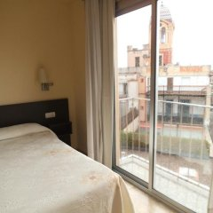 Отель Hostal Sant Sadurní Стандартный номер с двуспальной кроватью фото 13