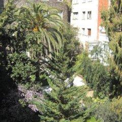 Отель Apartamentos Descartes Барселона