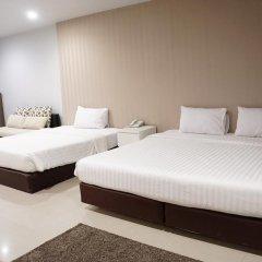 Отель The One Residence сейф в номере