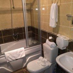 Stone Hotel Istanbul Турция, Стамбул - 1 отзыв об отеле, цены и фото номеров - забронировать отель Stone Hotel Istanbul онлайн ванная фото 2