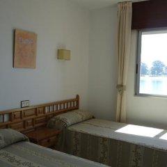 Отель Hostal Miramar Эль-Грове комната для гостей фото 5