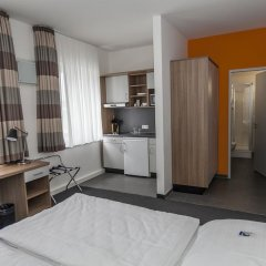 Отель Townhouse Düsseldorf 3* Стандартный номер с двуспальной кроватью фото 9
