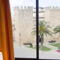 Отель Apartamentos Carlos V комната для гостей фото 2