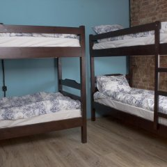 Хостел Давыдов Кровать в женском общем номере с двухъярусной кроватью фото 9