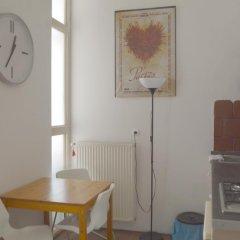 Апартаменты Castle View Apartment Будапешт в номере