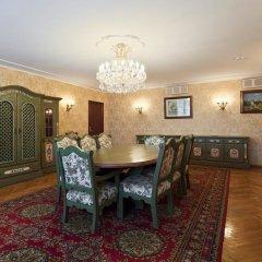 Гостиница Даниловская 4* Люкс двуспальная кровать фото 7