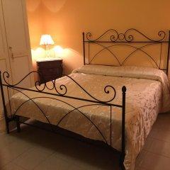 Отель Villa Priscilla Италия, Чинизи - отзывы, цены и фото номеров - забронировать отель Villa Priscilla онлайн комната для гостей фото 3