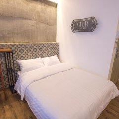 Отель Glur Bangkok Стандартный номер разные типы кроватей фото 16