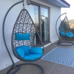 Отель Quintinha Do Miradouro Португалия, Мезан-Фриу - отзывы, цены и фото номеров - забронировать отель Quintinha Do Miradouro онлайн бассейн
