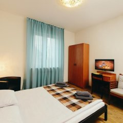 Гостиница Айсберг Хаус 3* Улучшенный номер с разными типами кроватей