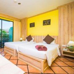Phuket Island View Hotel 3* Стандартный номер с двуспальной кроватью фото 5