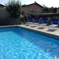 Отель Camping Piano Grande Италия, Вербания - отзывы, цены и фото номеров - забронировать отель Camping Piano Grande онлайн бассейн