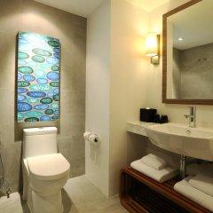 Отель Novotel Phuket Karon Beach Resort & Spa 4* Стандартный номер фото 7