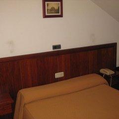 Отель Hostal Linar Стандартный номер с двуспальной кроватью
