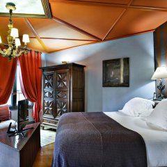 Cour Des Loges Hotel 5* Стандартный номер с различными типами кроватей фото 4
