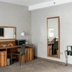 Отель Holiday Inn Krakow City Centre 5* Представительский номер с различными типами кроватей фото 2